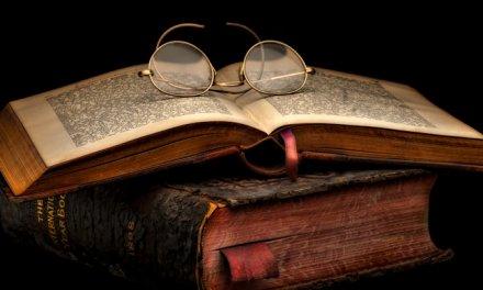 تحِبُّ القراءة ولا تقرأ؟إليكَ أربع كتبٍ لتبدأ